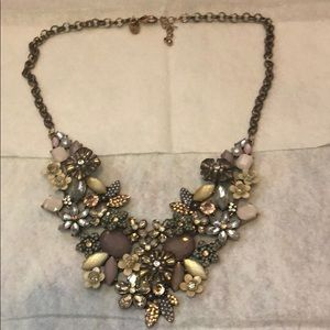 Charming Charlie Floral Necklace